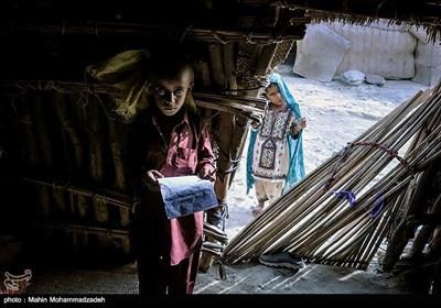 مدرسه کپری روستای انور آباد - سیستان و بلوچستان