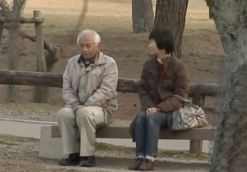 زوج لا یتحدث مع زوجته لمدة 20 عاما