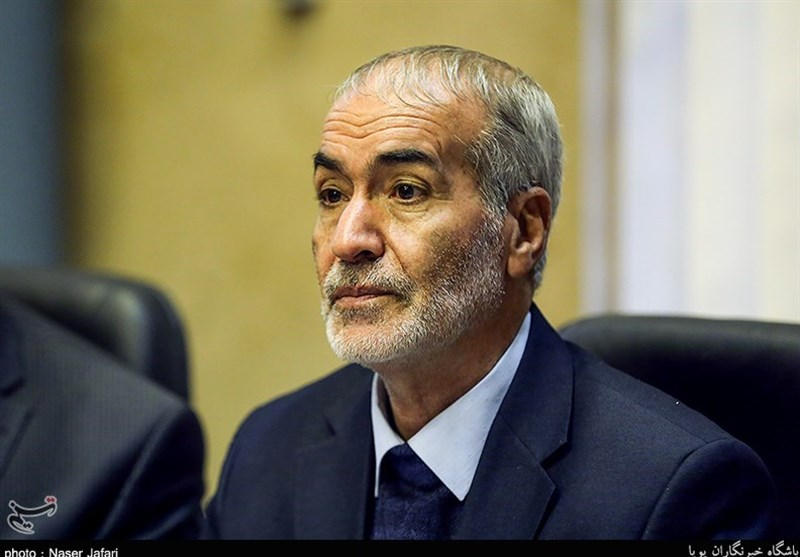 حشمتیان: فعالیت 22 حزب برای انتخابات مجلس در جبهه مستقلین و اعتدالگرایان