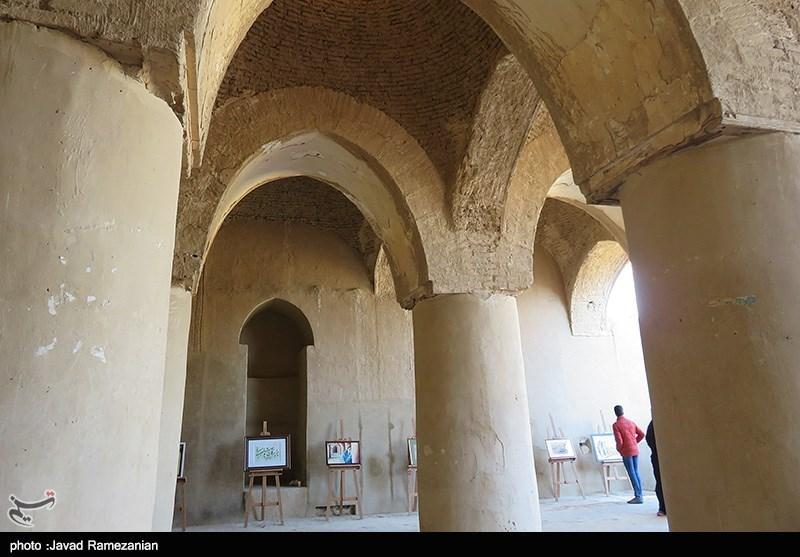 اقامه نماز در مسجد تاریخخانه دامغان