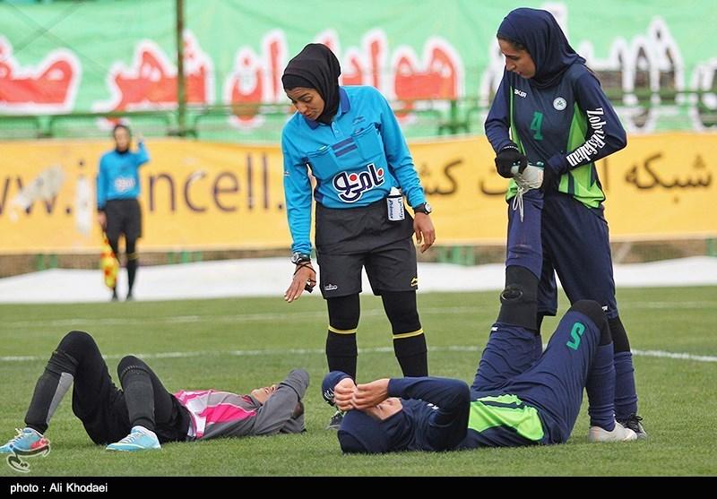 روایت فوتبالیست خانم از بازی در گرد و غبار اهواز و تشنج یک بازیکن