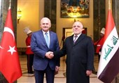 العبادی: حمایت کشورهای همسایه از تجزیه عراق جلوگیری کرد