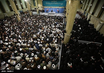 Ayatollah Khamenei Receives Group of People from Qom
