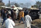 جہلم میں کار اور وین میں تصادم سے 14 افراد جاں بحق، 15 زخمی