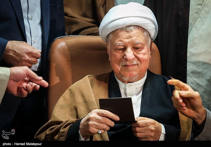 آیتالله هاشمی رفسنجانی نقشی پر رنگی در شکلگیری انقلاب اسلامی داشت