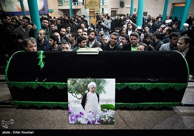 وداع با پیکر آیتالله هاشمی رفسنجانی در حسینیه جماران
