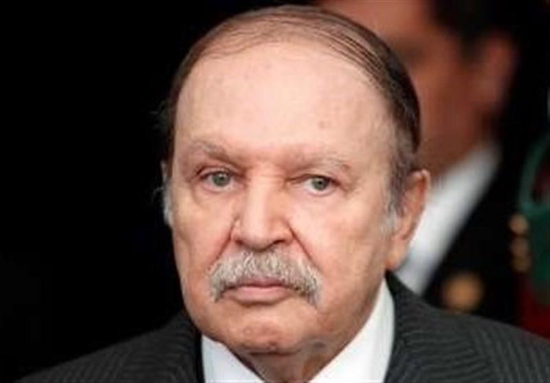 الرئیس الجزائری یعزی نظیره الایرانی فی وفاة آیة الله هاشمی رفسنجانی