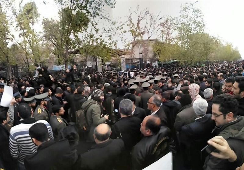 مراسم تشییع پیکر مرحوم آیت الله هاشمی رفسنجانی آغاز شد + تصاویر