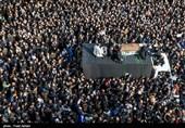 تشییع جثمان آیة الله رفسنجانی من أمام جامعة طهران+فیدیو