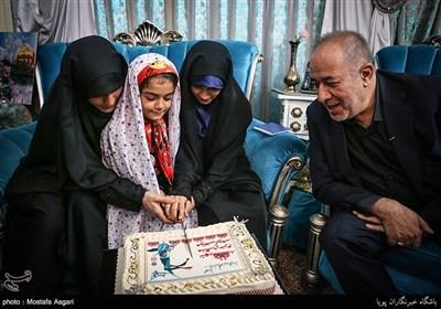 مراسم جشن تولد شهید جاویدالاثر مدافع حرم مرتضی کریمی