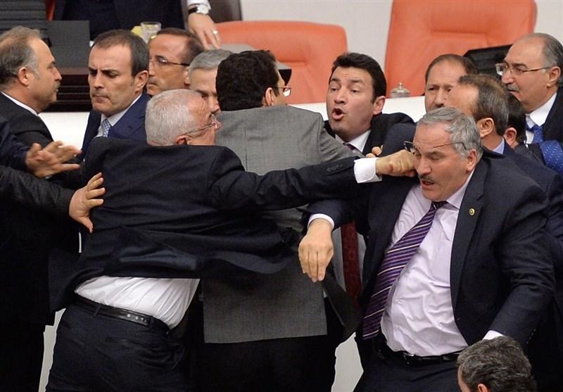 Turkey Suspends Pro-Kurdish Lawmaker for 'Genocide' Comment