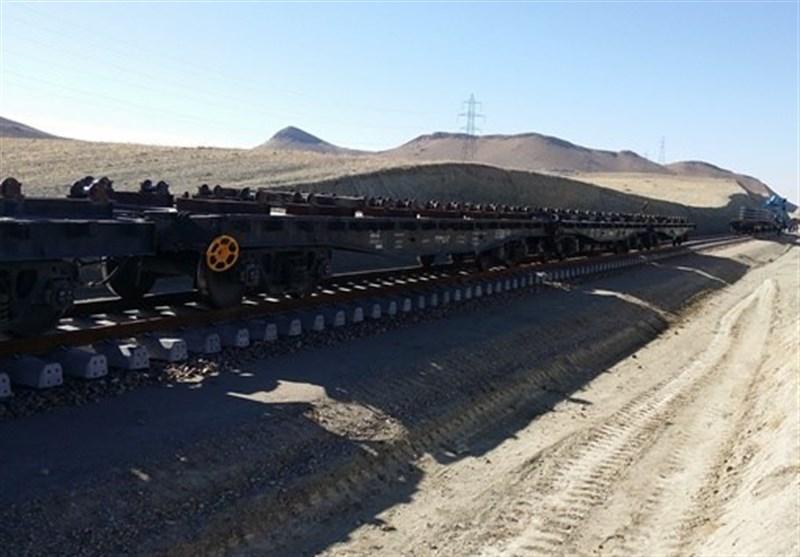 عملیات تخلیه و بارگیری ریلی در راهآهن هرمزگان 16 درصد افزایش یافت