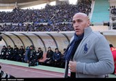 منصوریان: بازیکنان استقلال باید بدانند وارث چه پیراهنی هستند/ از جباری خواستم به تمرین بیاید
