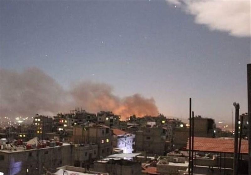 سانا: العدو الإسرائیلی یطلق عدة صواریخ على محیط مطار المزة غرب دمشق