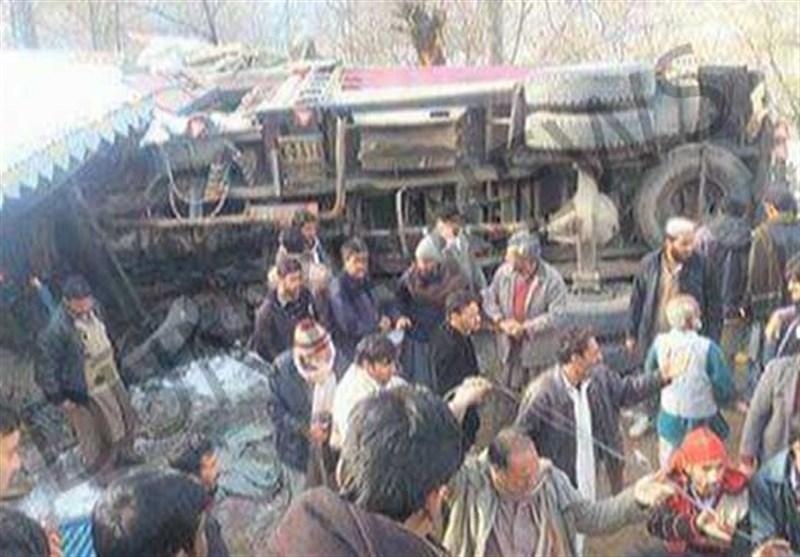 بے قابو ٹرک نے اسکول کے اندر گھس کر 5 طالبعلموں کی جان لے لی