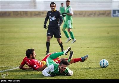 دیدار تیم های ماشین سازی تبریز و فولاد خوزستان