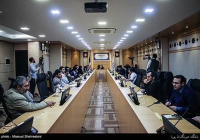بررسی آینده سیاست خارجه ایران در همایش پلاک دیپلمات