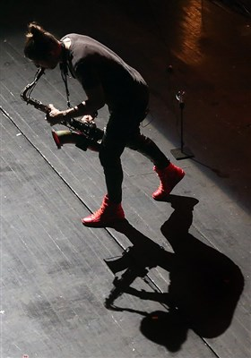 کنسرت گیوم پره از فرانسه در پنجمین شب سی و دومین جشنواره موسیقی فجر