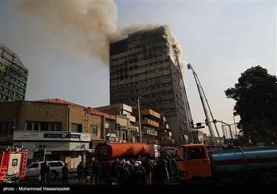 تہران؛ شاپنگ مال میں خوفناک آتشزدگی، 20 فائر فائٹرز شہید
