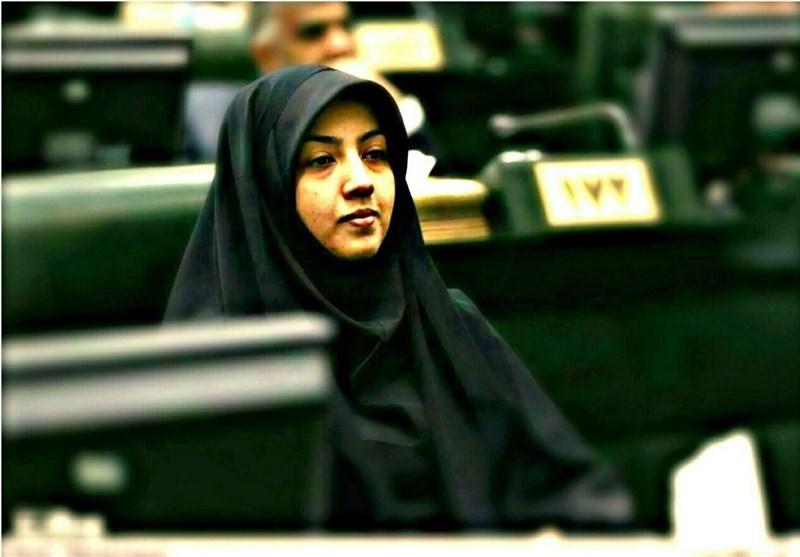 کارخانه پلیاکریل ایران در شرف راهاندازی است/ معرفی تعدادی از کارگران به بیمه بیکاری