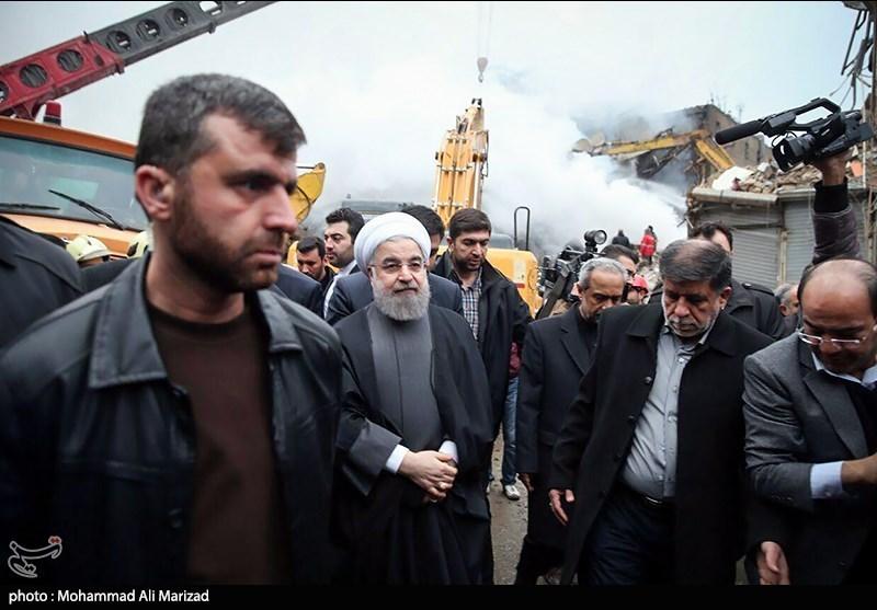 بازدید روحانی از عملیات امداد و نجات در پلاسکو + تصاویر