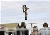 فیلم/استفاده از «جتپک» در عملیات آتشنشانان
