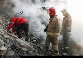 فیلم/ لحظه یافتن پیکر هشتمین آتشنشان پلاسکو در روز هفتم حادثه پلاسکو