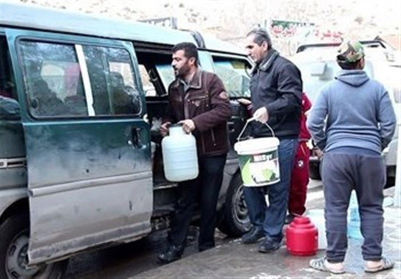 6 ملایین دمشقی یعانون العطش ویناشدون الجیش لإنهاء معاناتهم +فیدیو وصور