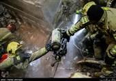 دستان آتشنشانها هم به کمک بیلهای مکانیکی آمد/حساستر شدن جستوجوها+فیلم