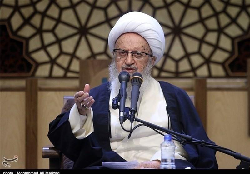 آیة الله مکارم شیرازی: الإسلام دین محبة ولیس دیناً للحروب والتکفیر