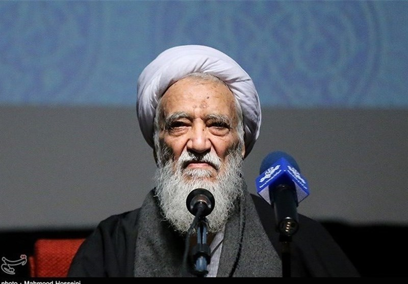 Iranian Cleric Urges Strong Resistance to US Policies