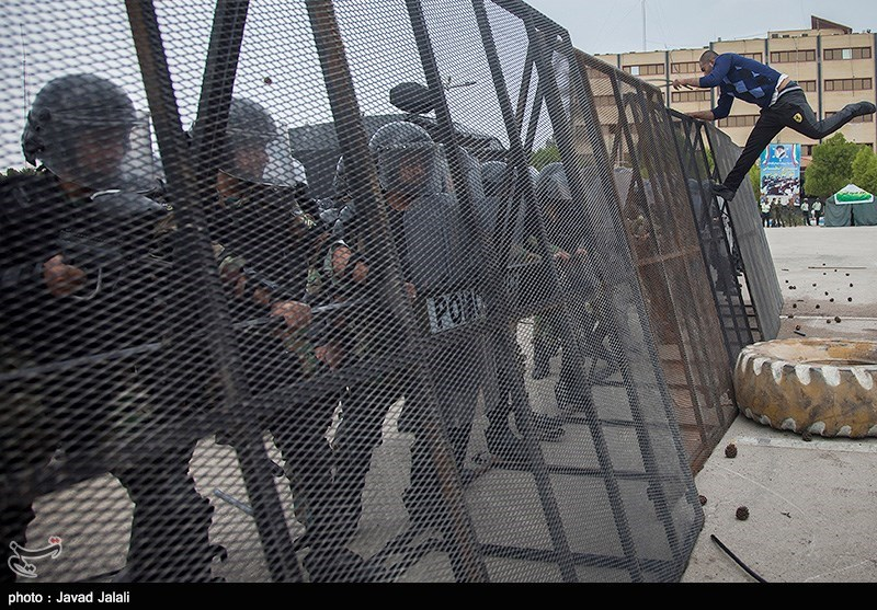 https://newsmedia.tasnimnews.com/Tasnim/Uploaded/Image/1395/11/11/139511110923221489839514.jpg