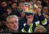فیلم/ اقامه نماز بر پیکر آتشنشانان حادثه پلاسکو
