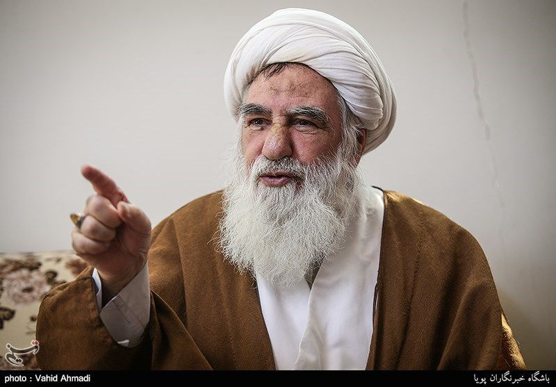 بدیل امام در عراق که بود؟/ امام میگفت شاه کشته نشود/ آیتالله خامنهای بهترین روش مدیریت را دارند
