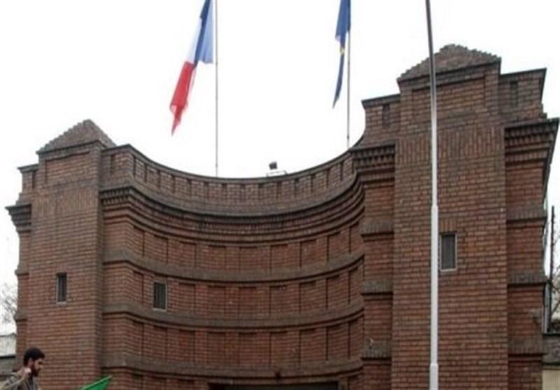 یک بام و دو هوای فرانسویها در صدور ویزا برای ایرانیان/گواهی واکسن کرونا فقط از 4 برند خاص!