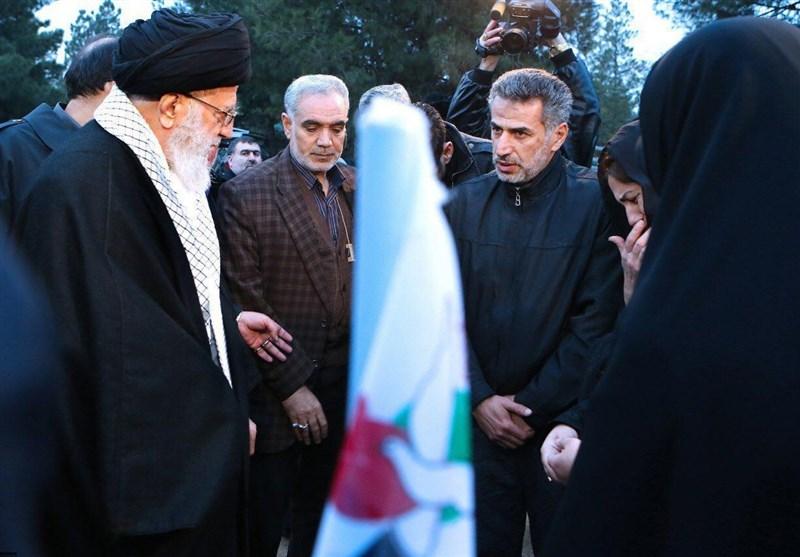 امام خامنهای با خانواده شهدای آتشنشان دیدار کردند+ تصاویر
