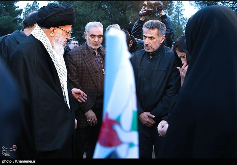 حضور مقام معظم رهبری در مرقد مطهر امام راحل و گلزار شهدای بهشت زهرا