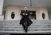 سفر رئیس بانک مرکزی به کرمانشاه حاشیهساز شد