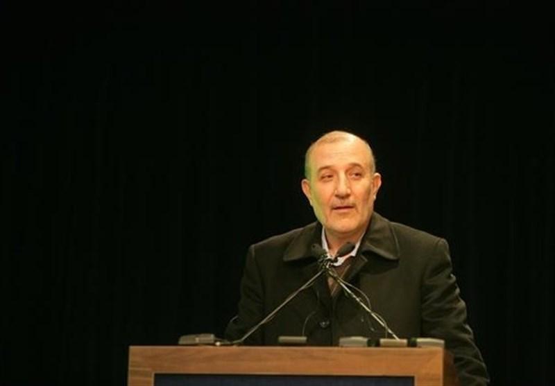 رئیس کمیسیون صنایع مجلس: برخی نفوذیها اطلاعات فروش نفت کشور را افشا میکنند