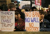 Thousands Protest in London against Trump's Refugee Ban