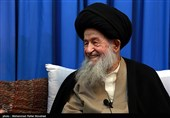 """آیتالله خامنهای مانند """"آفتاب"""" روشن است/ رهبر انقلاب مورد تأیید مراجع تقلید هستند"""
