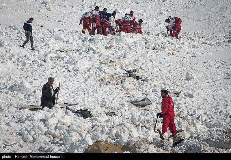 گیلان| زندهماندن 2 نفر از حادثهدیدگان سقوط بهمن در رودبار؛ 4 مفقود منطقه اسالم به خلخال پیدا شدند