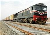 پاکستان میں ایک اور ٹرین حادثے کا شکار/ شیخ رشید کی کار کردگی پر سوالیہ نشان