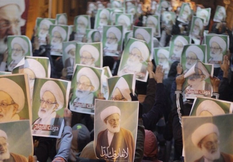 Bahraini Youths Continue Sit-In in Support of Sheikh Qassim (+Photos)