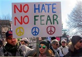 ادامه تظاهرات مردم آمریکا علیه «ترامپ»/ «یک نژادپرست فاشیست به ارزشهای آمریکا پشت پا زده است» + تصاویر اختصاصی