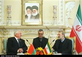 Iran Ready for Oil Sale to Belarus: Larijani