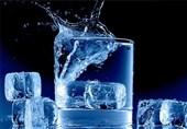 آب سرد و یخ