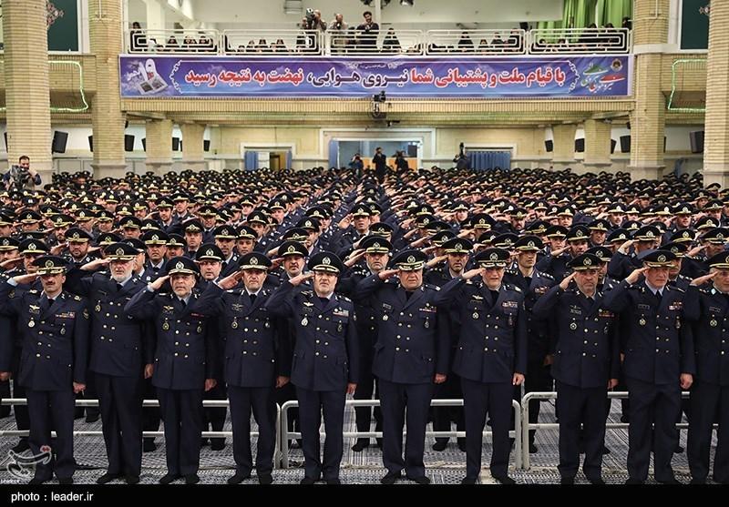 دیدار فرماندهان و کارکنان نیروی هوایی ارتش با رهبرمعظم انقلاب