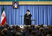 الإمام الخامنئی: الشعب الایرانی لا یهاب تهدیدات ترامب وسیردّ علیها