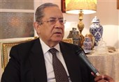 السفیر جمال بیومی : الجیش المصری سند للجیشین السوری والعراقی
